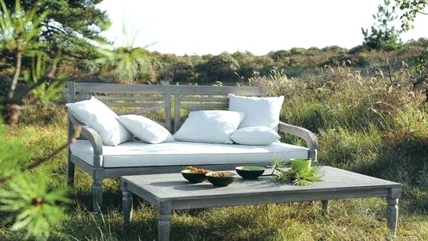 Using Patio Furniture to Transform your Outdoor Spaces
