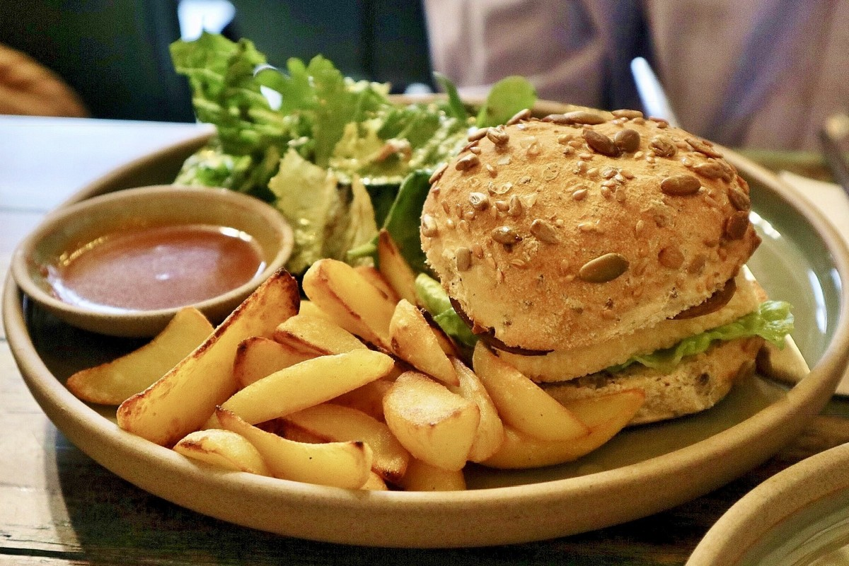 Burgers: Why Vegetable Burgers Getting More Popular These Days
