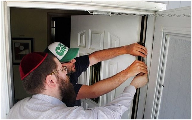 10 Mezuzah Facts That Every Jew Must Know